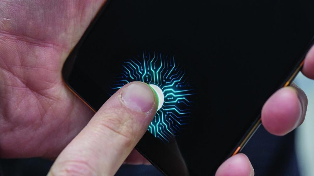 Fingerprint Scanners On Your Smartphone Screen – The Future Is Here [VIDEO]