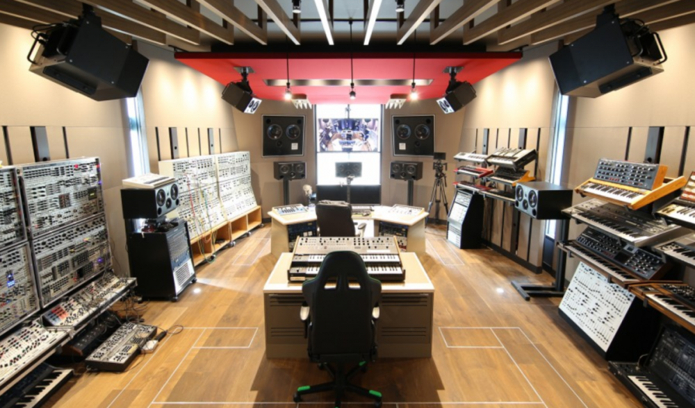 Tech Reviewer MKBHD Tours Deadmau5's New Studio