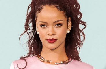 Snapchat Loses Nearly $1 Billion After Rihanna Puts App On Blast