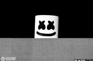 Marshmello Trolls EDC During Rare Set with No Helmet [VIDEO]
