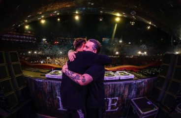 Steve Angello Hypes Up SHM Reunion with Special Guest At Tomorrowland [VIDEO]
