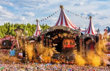 Tomorrowland Reveals Highly Anticipated 2018 Live Stream [DETAILS HERE]