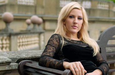 Ellie Goulding Just Got Engaged & Here's The Lucky Man [PHOTOS]