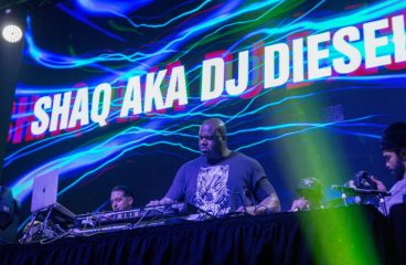 Shaq's Super Bowl Weekend Party Lineup Will Make You Cringe