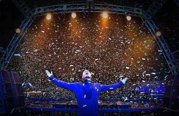 Kaskade Takes A Hilarious Tumble During New Years Eve Performance