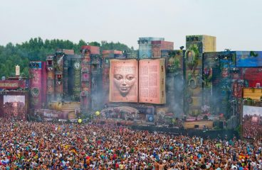 Tomorrowland Announces Showstopping 2019 Stage Hosts