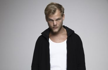 Avicii's Father Accepts Swedish Grammy On Behalf of His Son