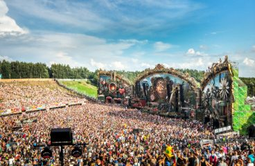 Tomorrowland Expanding Mainstage Viewing Area