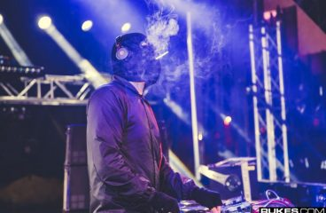 """VIDEO: Malaa Escorted by """"Police"""" To His Ultra Set"""