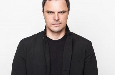 """Markus Schulz teams up with Smiley for """"The Dreamers""""!"""