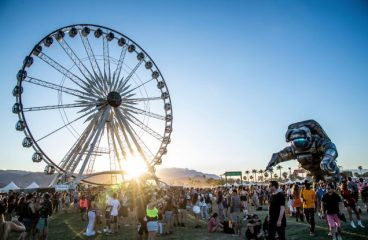[NSFW] Coachella Ferris Wheel Strikes Again With More Hook Ups