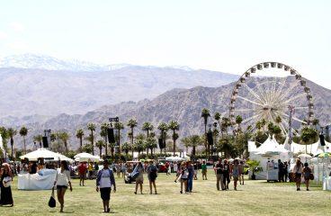 [NSFW: WATCH] Coachella's Ferris Wheel Becomes New Love Cabin