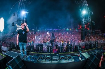 WATCH: Martin Garrix Drops Unreleased Dubstep Knife Party ID At EDC [VIDEO]