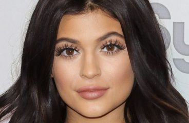 Kylie Jenner Just Retweeted A Riddim Video & The Simulation Is Officially Broken