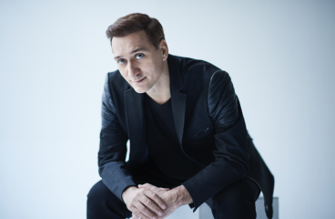 Paul van Dyk Teams Up With Elated On Latest Single, 'Parallel Dimension'