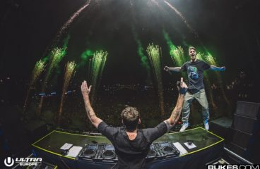 The Chainsmokers Finally Release Their New Album, Including Kygo & blink-182 Collabs