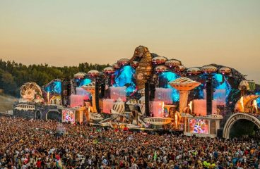 Tomorrowland unveils its 2020 lineup!