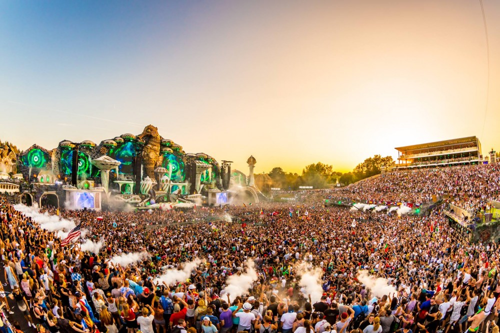 Tomorrowland receives 1.8 millions euros to host event.